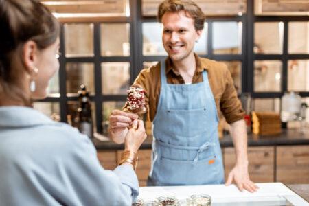 Glada kunder med iTell kundtjänst